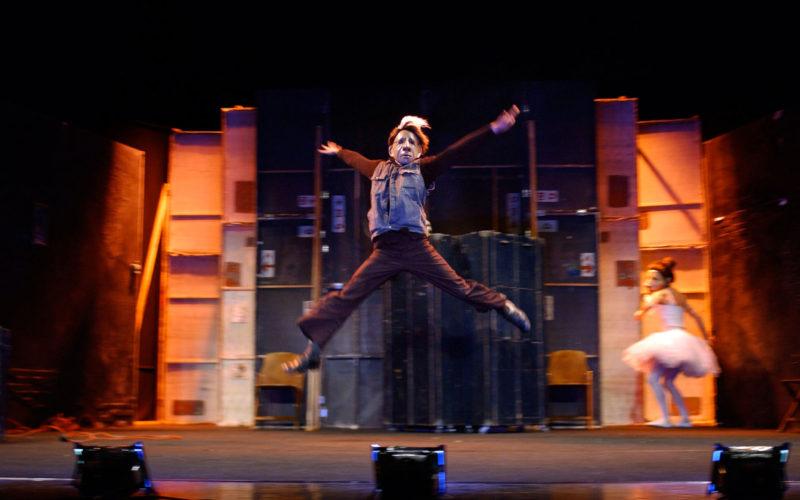 Con Teatro Delusio di Familie Flöz vanno in scena i retroscena