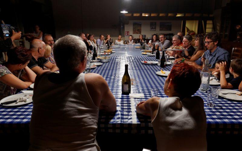 Attorno al tavolo e alla vita delle Ariette